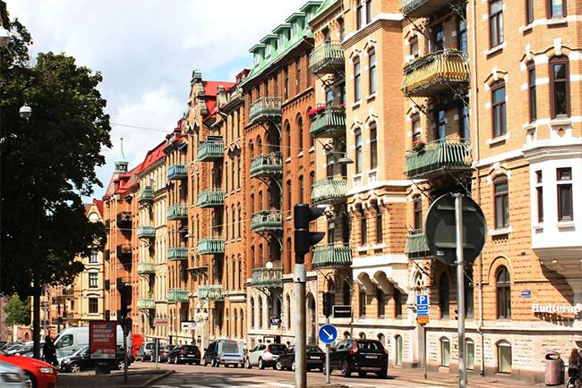 Bostadsrätter i gammal stil i Stockholm