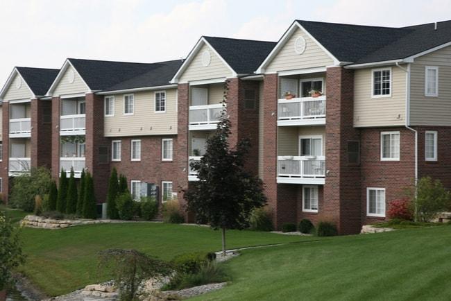 huslänga med ett fåtal lägenheter