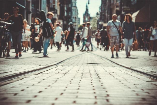 folk i storstadsmiljö